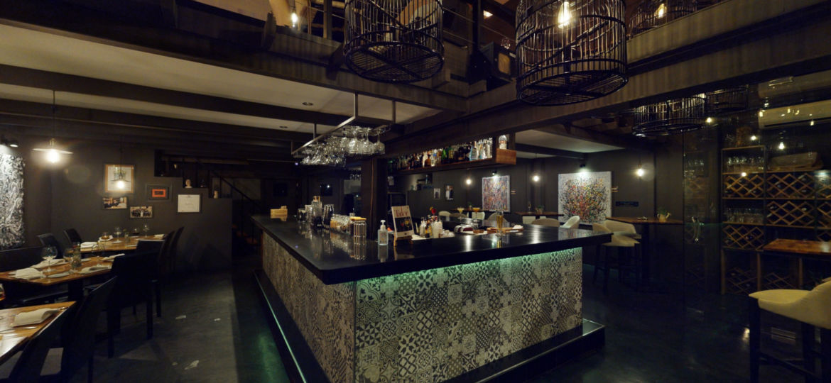 DeDos Restaurant Phuket Cherngtalay Bar | 360INT